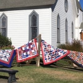 Quilt show in front yard